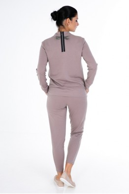 Suit with original zipper
